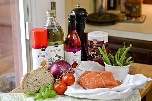 Salmon Panzanella with Green Beans 17