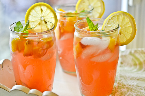 Fresh Peach Lemonade 4