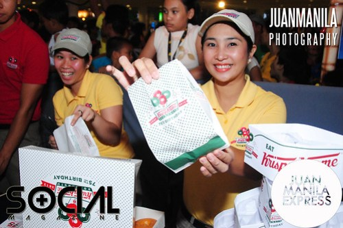 Krispy Kreme brought smiles as they partnered with SM City Fairview Madagascar Christmas Adventure launch.
