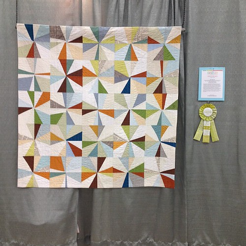 One of my favorite quilts in the show. Bee quilt (1st place) quilted by Krista Fleckenstein