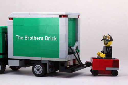 Brothers Brick Cabover 2