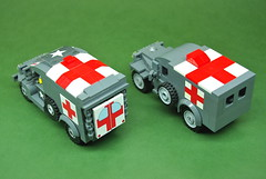 WC54 Ambulance comparison - Dunechaser vs. Brickmania (3)