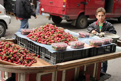 Lebanese strawberries on cart