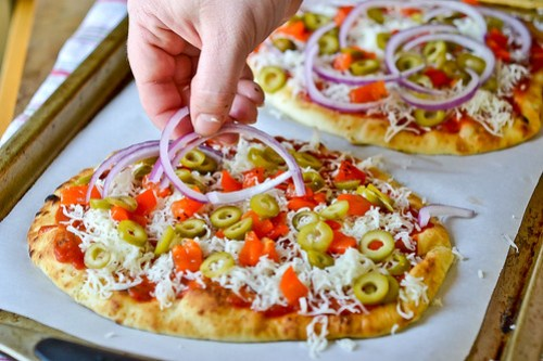 Deluxe Flatbread Pizza-6