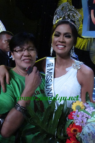 arielle arida with mom