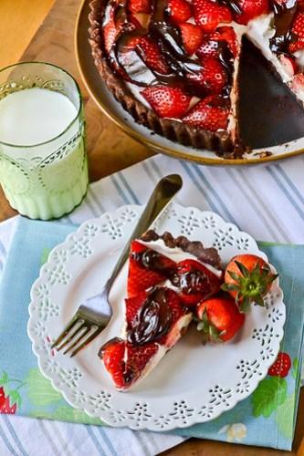 Chocolate-Strawberry Cream Cheese Tart-7