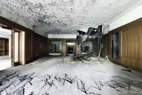 Pines Hotel (De)