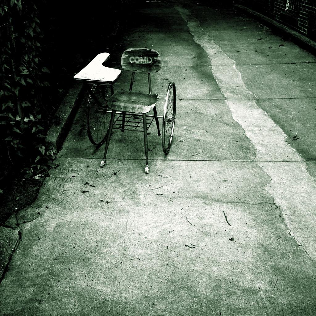 Imagen gratis de un pupitre con ruedas