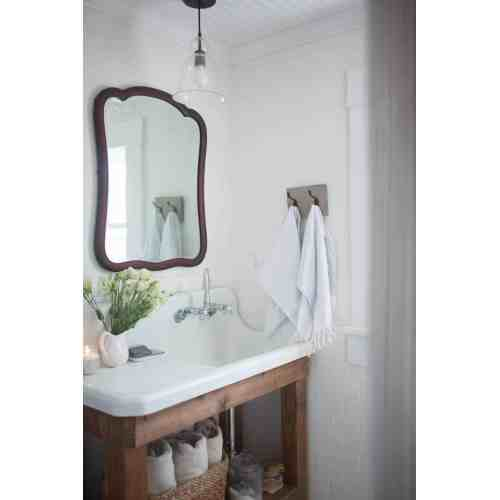 Medium Crop Of Farmhouse Bathroom Decor