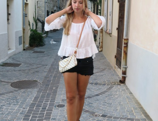 sommer outfit inspiration summer look fashion frankreich vacation travel