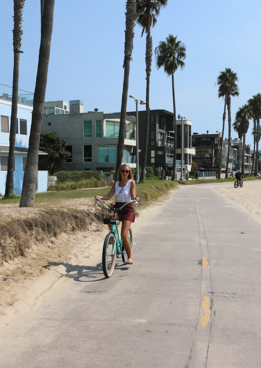 venice-beach-la-vacation-roadtrip-beach-fashion