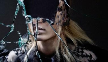julia-nobis-by-craig-mcdean-for-interview-magazine-april-2015-3 (1)