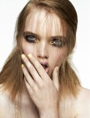 Julija Step 'You're So Hypnotizing' Rui Faria for Wonderland 2