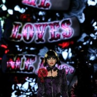 BETSEY JOHNSON loves BLACK for FALL 2011 with a little pink PATCH WITH VIDEO