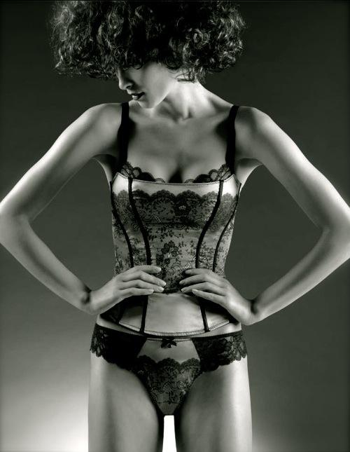 chantelle lingerie FashionDailyMag sel 3