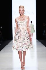 ZARINA + Natalia Vodianova ss15 MBFWR FashionDailyMag sel 72