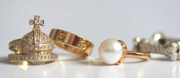 vivienne westwood orb ring and pearl and queenie pearl ring