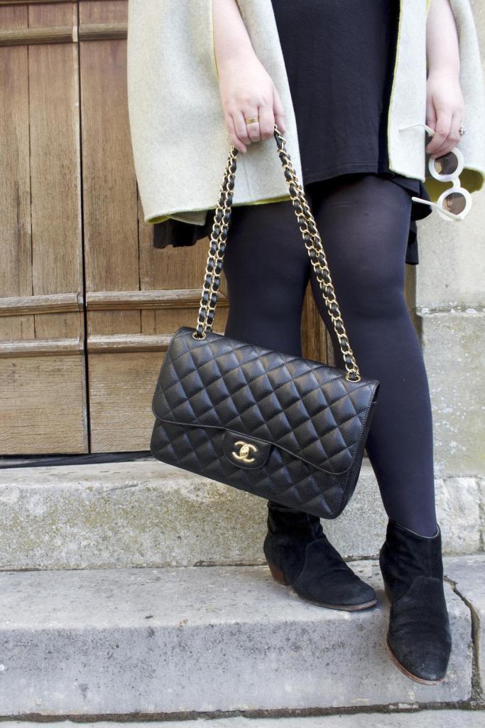 chanel jumbo large handbag classic flap