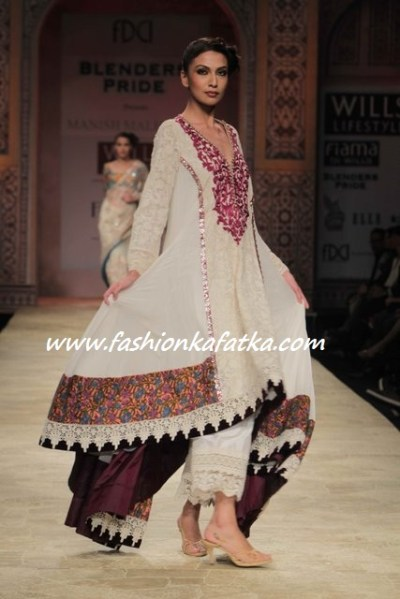 Wills-Lifestyle-India-Fashion-Week-2012-Manish-Malhotra-2 ...