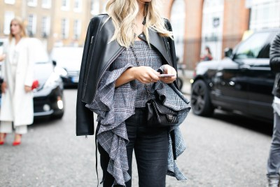 10 Of The Most Inspiring Street Style Pics From London Fashion Week SS17