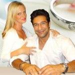 Bowler Wasim akram Wedding Pictures
