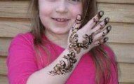 Lovely Kids Mehndi Henna tattoos Hand and feet Designs Collection (11)