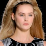 Trendy Hairstyle For Christmas Parties and New Year