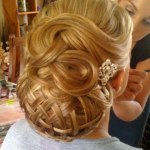 Girls Christmas Party With New Year 2014 hairstyles (1)