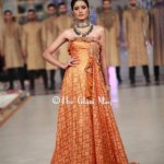HSY Stylish Embroidery Bride Groom Dresses at Pantene Bridal Couture (2)