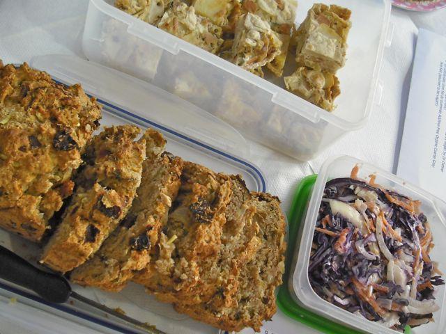 http://i2.wp.com/fatgayvegan.com/wp-content/uploads/2011/05/bread-lasagne.jpg?fit=640%2C480