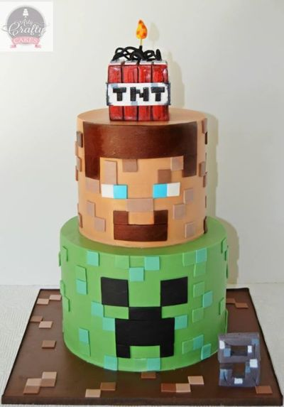 Bolo Minecraft via Arty Crafty Cakes