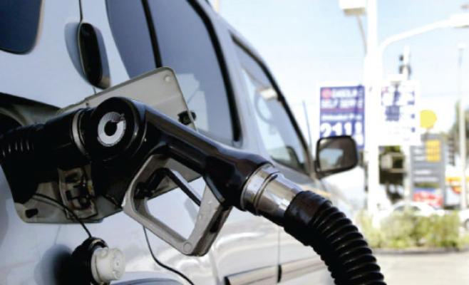الحكومة ترفع أسعار البنزين 2.5% والسولار والكاز 3.3%