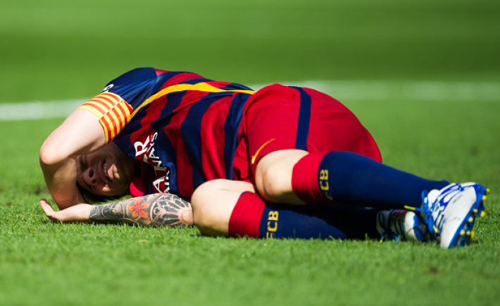 Barcelona Nightmare News: Lionel Messi OUT for two months
