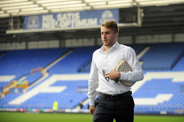 Martinez not concerned that Deulofeu's impressive form will hasten Goodison Park exit