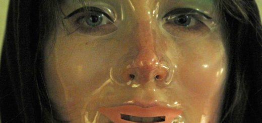 VHS movie Movie Review: V/H/S (2012)