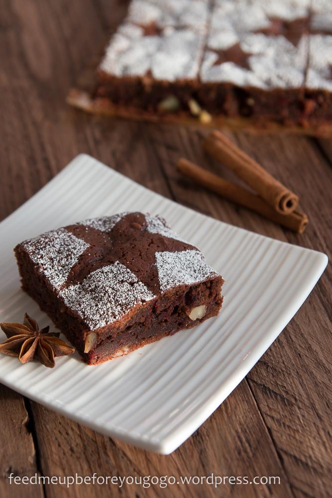 Glühwein-Brownies mit Roter Bete
