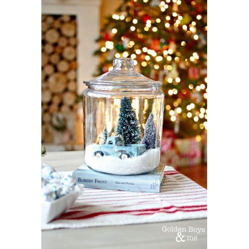 Medium Crop Of Christmas Snow Globes