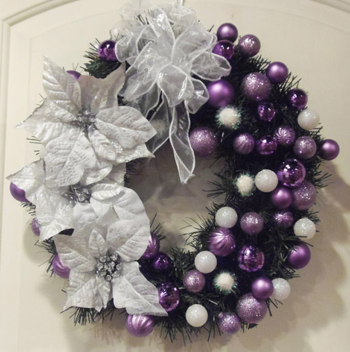 Stunning Purple Christmas Decor Ideas For A Royal Celebration purple christmas wreath