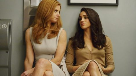 A Donna/Rachel pic because I love the dynamic between the women on this show (and also Jessica Pearson's leadership!)