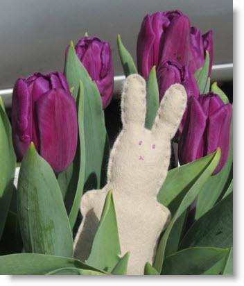 easy felt bunny