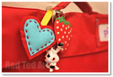 Felt-heart-craft-keyring-gifts