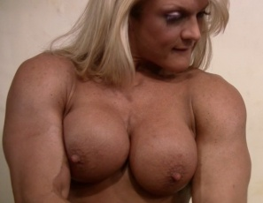 nude women in gym