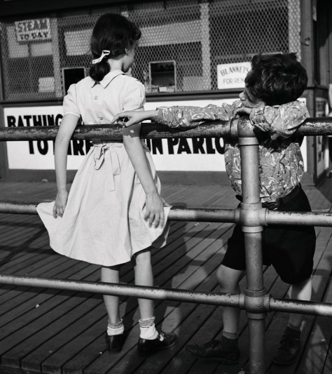 Puppy Love 1951 © Martin Elkort