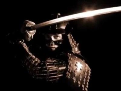 Pod visoko uzdignutim mačem, pakao je pred kojim drhtiš [Tema: Zen]