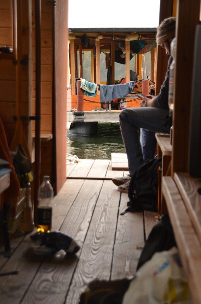 urlaub auf einem hausboot du darfst wieder kind sein. Black Bedroom Furniture Sets. Home Design Ideas
