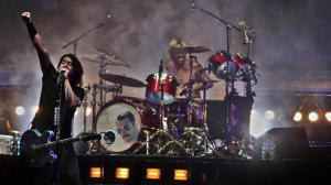 Foo Fighters Group Live 2012