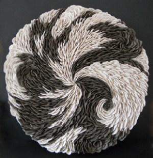 EXTASE - Sculpture faïence noire & blanche (Ø 40cm) (2014)