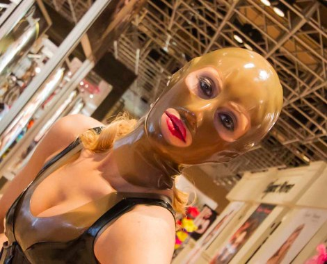 transparent-rubber-open-mask-from-Fetisso-Latex