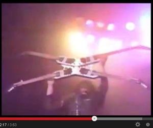 2013 08 28 143126 天才・神速ギタリスト、マイケル・アンジェロの神業驚愕動画