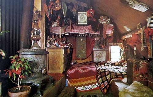 hippie apartment
